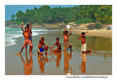 Boys on the Beach (Araleya) Tags: life trip sea vacation people india game color beach boys smile kids youth ball pose children relax fun football colorful asia play weekend joy lifestyle happiness kerala shore barefoot laugh cheer dailylife cheerful act descalos trivandrum southindia kovalum naturalpose descalzos beachboy arabiansea scalzi thiruvananthapuram piedsnus beautfiul araleya beatifullife piedinudi chowara somatheeram theperfectphotographer beautfiullife adimaluthura ayurvedictripwithplanetyogabangkok baretootsies descalcinhos
