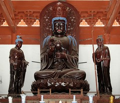 Zhuhai - Putuo Temple (cnmark) Tags: china brown detail art dusty statue geotagged temple artwork buddha interior traditional si statues style ornament guangdong figure  figures zhuhai pu tuo   putuo supershot  allrightsreserved theunforgettablepictures geo:lat=22318215 geo:lon=113522581