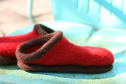 Christmas Clogs :: Felted