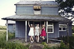 lostgirls (yyellowbird) Tags: girls house abandoned rachel mattie missouri cari welooklikeachickcountryband