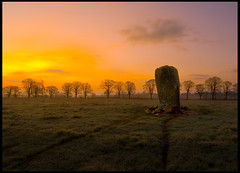 Stone Muthill Crieff - Dargill (Alan Weir) Tags: trees winter green monument field grass stone clouds landscape scotland countryside nikon stones horizon perthshire scottish fields d200 scots feild feilds standingstone picswithframes dargill