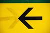 snow patrol:make this go on forever (visualpanic) Tags: barcelona city urban black green yellow bcn arrow symbols 2008 ciutat flecha febrer fletxa simbols urbà