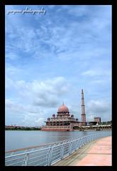 Putrajaya Mosque (garyeow) Tags: building architecture mosque malaysia putrajaya putrajayamosque