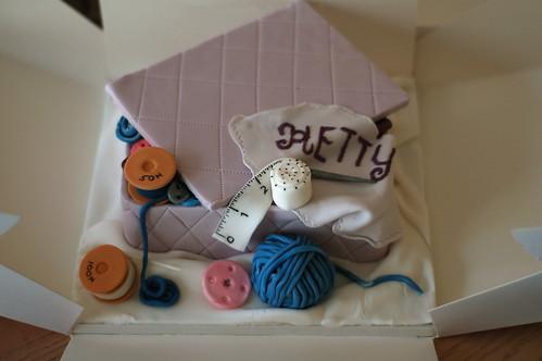 Sewing box cake