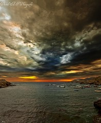amanecer (david A.F Photography) Tags: clouds sunrise girona amanecer costabrava portdelaselva nuves sigma1020mm empord canoneos40d davidafphotography capddecreus nuvold