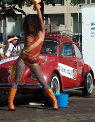 Car Wash (rene1956 (Burning the Midnight Lamp)) Tags: wet girl arnhem beetle tights carwash oldtimer sponge herbie hotpants leopardtights