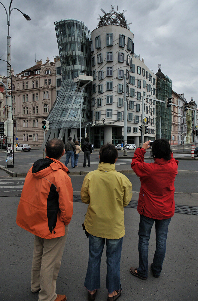 Looking At The Dancing House