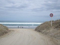 Ninety Mile Beach (- MattW -) Tags: newzealand travelling backpacking northisland northland kiwi aotearoa ninetymilebeach