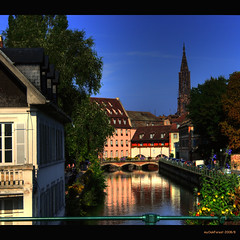 Ways through Strassbourg(3) (MyOakForest) Tags: france church river frankreich strasburg kanal fluss mnster elsass strassbourg reflektionen refelections