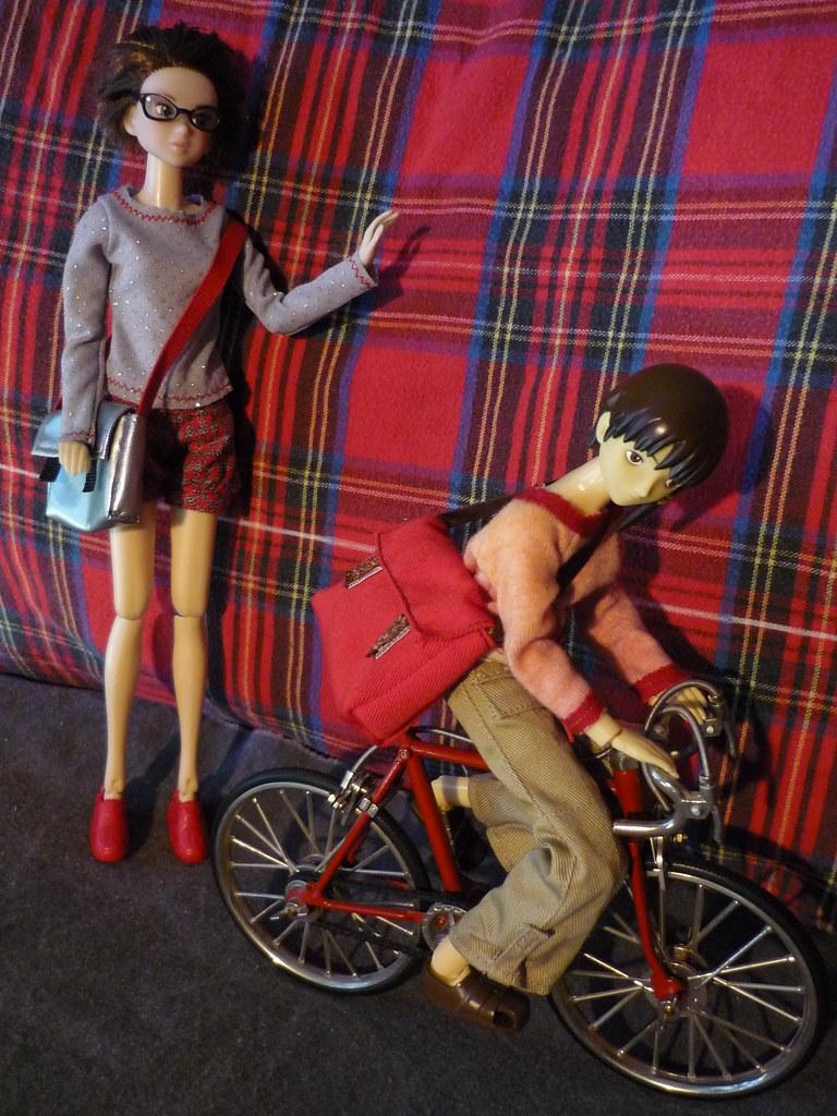 Mo & Lani & the bicycle (2)
