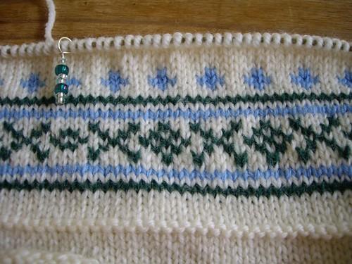 tiny weeny stranded pattern