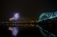 Runcorn Fireworks (John_Kennan) Tags: construction display fireworks guyfawkes firework mersey bonfirenight november5th jubileebridge runcorn widnes halton runcornbridge