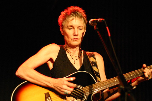 Eliza Gilkyson at Tupelo Music Hall, Nov. 15, 2008