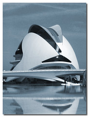 Vereed tone blue, Valencia Opera House, City of the Arts and the Sciences of Valencia, Spain, by jmhdezhdez (Very important see description and the note) (jmhdezhdez) Tags: city travel bridge copyright espaa abstract color colour building art history tourism water glass valencia sepia architecture river dark luces spain opera europe view arte edificio hamilton arts ciudad sombra cable f1 ferrari paseo calatrava vista curve curved alameda alonso modernarchitecture raikkonen masa sciences stay agora santiagocalatrava allrightsreserved vidrio espania virado ciudaddelasartesylasciencias pritzker curving espanya turia arquitecto hormign ingeniera kovalainen ingeniero trencadis principefelipe renaultf1team abigfave serrera cityoftheartsandsciences ciudaddelasartesylascienciasdevalencia arquitecturacontempornea granpremiof1 httpwwwjmhdezhdezcom contactjmhdezhdezcom frmula1valencia cityoftheartsandthesciencesofvalence puentedelaserrera