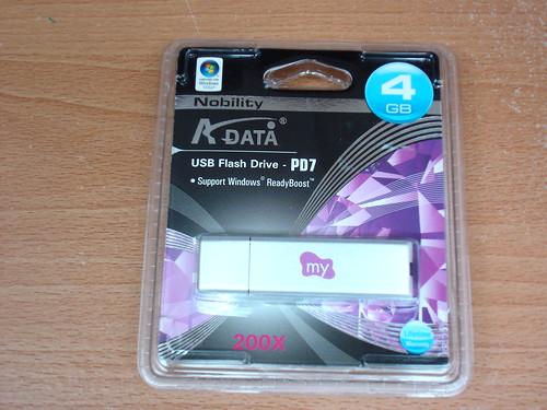 ADATA PD7 隨身碟包裝