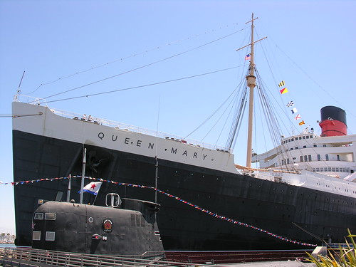 Queen Mary with Russian submarine