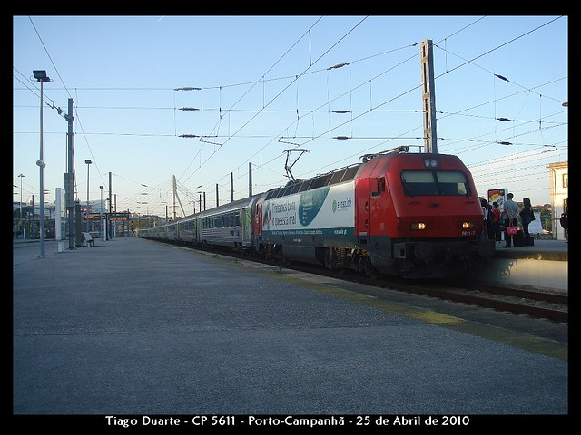 CP Siemens 5611 - Porto-Campanhã - 25 de Abril de 2010