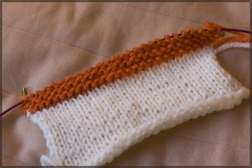 Welt/Ridge/Pintuck knit fabric knit in garter stitch