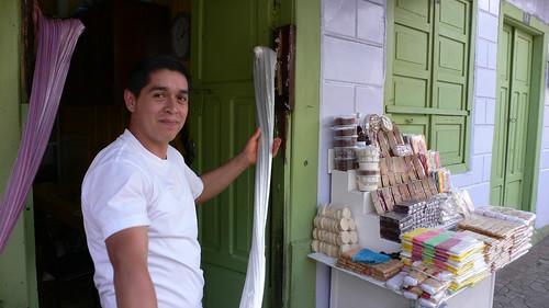 Toffee maker at Banos