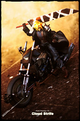 Final Fantasy VII : Cloud (EdwardLee's collection) Tags: cloud toy toys actionfigure collection final fantasy figure videogame squareenix finalfantasy ffvii cloudstrife playarts jfigure edwardlees
