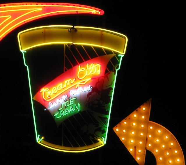 Cream City Ice Cream neon tub
