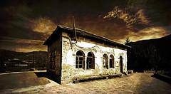 Escuela San Juste (bizen99) Tags: espaa abandoned sepia spain huesca aragon lookatme escuela pirineos pirineo abandonada sigma1020mm aragn sigma1020 sanjuste sigmaaf1020mmf456exdchsm bizen992008