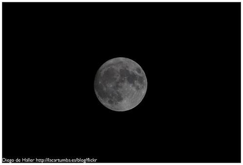 Luna-20080618-001.jpg