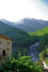 Gondo (lyonelkaufmann) Tags: suisse col simplon gondo hondacbf1000