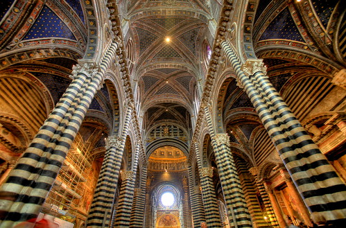 [フリー画像] 建築・建造物, 教会・聖堂・修道院, イタリア, HDR, 200807120300