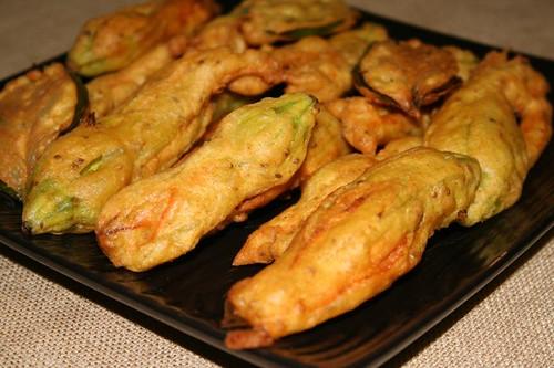 Squash Blossom Fritters / Pakoras / Bhajias