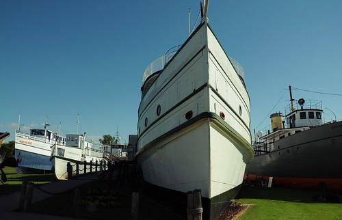 M.S. Keenora (anniedaisybaby) Tags: history tourism manitoba tugboat selkirk lakeofthewoods interlake lakewinnipeg marinemuseum workingboats ratportage commercialboat rainyrivernavigationco warrenlanding