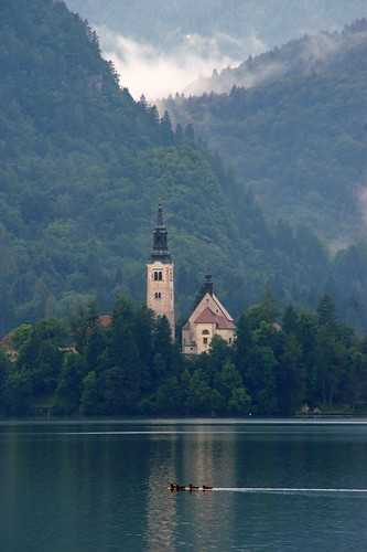 "Bled: Assumption of Mary Pilgrimage Chapel • <a style=""font-size:0.8em;"" href=""http://www.flickr.com/photos/26679841@N00/2785439030/"" target=""_blank"">View on Flickr</a>"