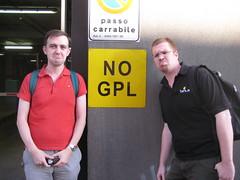 NO GPL!