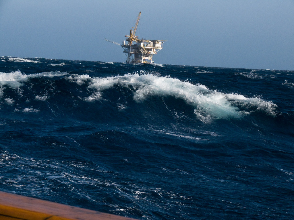 Oil rig platform off Oxnard, CA in 40 kph winds and 10-15' swells
