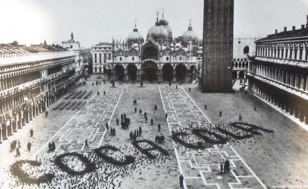 coke ad Venice