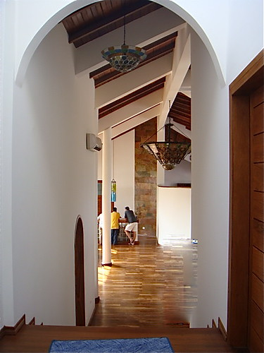 Bahia-ecuador-beach-property-hall