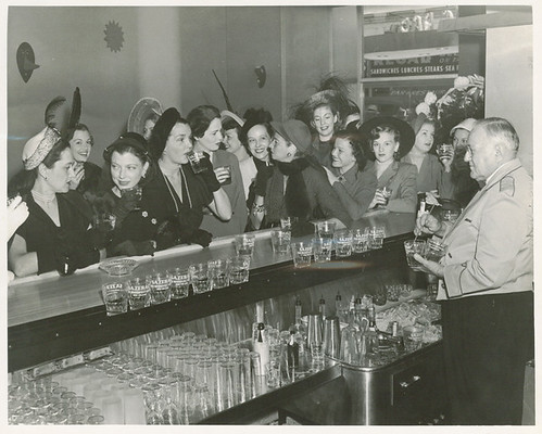 sazerac ladies bartender