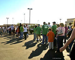 IMG_5459-ObamaBonanzaPeopleWaitingLines (nabila4art) Tags: people lasvegas crowd huge barackobamarally bonanzahighschool