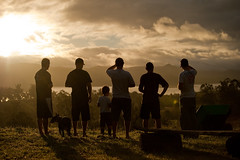 The Observers (((Kristin))) Tags: sunset people silhouette silhouettes australia somerset queensland somersetdam