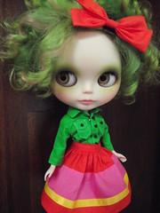 moss still has her curls...