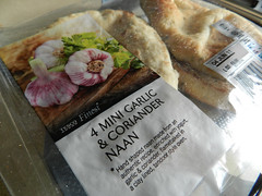 Tesco mini garlic & coriander naan bread