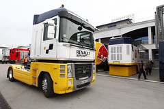RSF1 trucks with Red Bull Racing's (Renault Sport F1) Tags: auto car sport turkey may istanbul f1 renault grandprix mai turquie formulaone formule1 formula1 istambul turkish gp motorsport moteur camions 2011 rbr turque renaultsport redbullracing rs27 formuleun renaulttrucks turkishgp rsf1 redbullracingrenault renaultsportf1 motoristes grandprixdeturquie moteurdef1 moteurf1