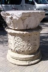 Column base and capital outside Kom esh-Schoqafa (diffendale) Tags: alexandria roman capital egypt column base kom alessandria misr alexandrea alexandrie alexandreia eshschugafa shoqafa shugafa esschugafa pleiades:depicts=727070
