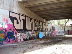 huge jruncxasalt roller. (scurvyX1984) Tags: bridge graffiti hawaii paint ditch roller te asalt jrunc
