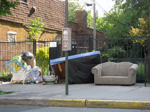 b43 couch on tompkins 2