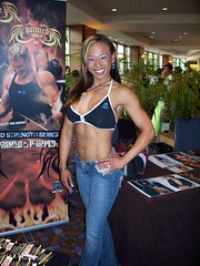 102_0252 (petechons) Tags: day2 sexy beautiful muscles female asian hall bodybuilder biceps fitness abs fbb npcjrnationals krissychin npc2008