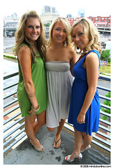 PrettyGirls_052 (Mindubonline) Tags: girls women pretty pumps highheels nashville candid gorgeous portait group heels sundress unionstationhotel mindub mindubonline timhiber