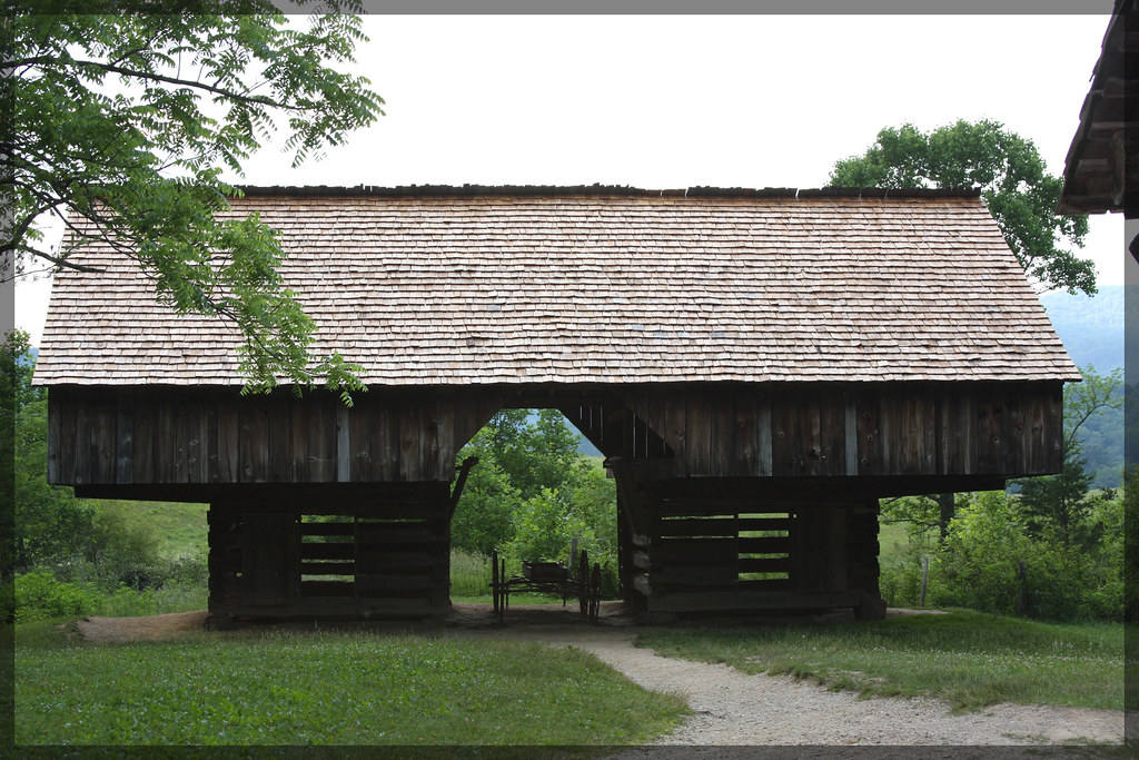 Cantilevered Barn