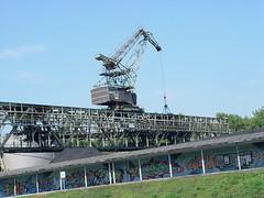 Mit dem Neckarschiff nach Marbach (konnysonny) Tags: kohle kran neckar grafitty bagger badenwrttemberg umschlagsplatz