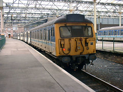 305502 at Edinburgh Waverley. (justindperkins) Tags: uk train scotland rail emu class305